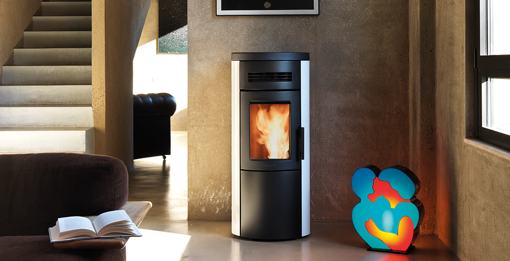 Ravelli dual 7 2 kw 7 glass ventilated with natural - Feu a pellet ...